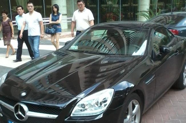 Führerschein und Autofahren in China