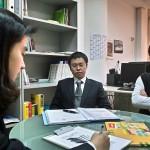 Chinesische Mitarbeiter schulen